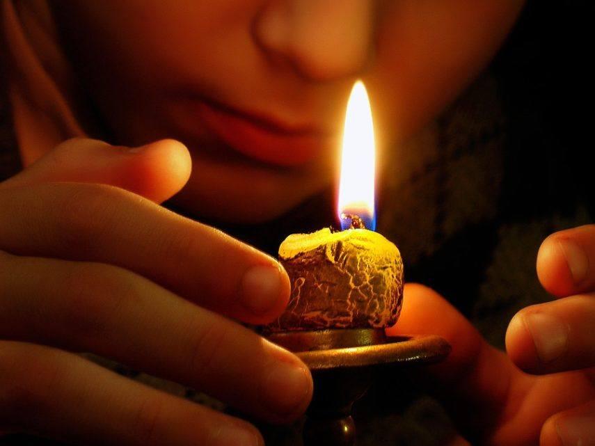 Упражнение со свечей