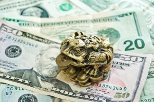 Как привлекать деньги с помощью мыслей?